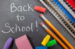 back-to-school-2678560